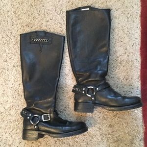 FRYE TALL CHAIN BLACK LEATHER MOTO HARNESS BOOTS